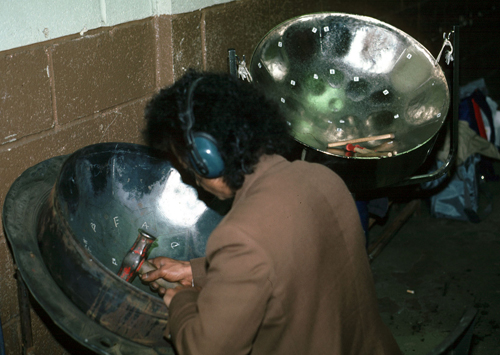 Steel drum maker