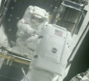 Michael Foale on a space walk in 1999