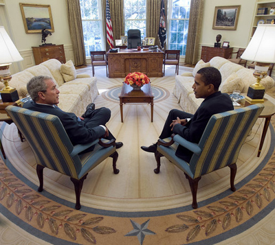 Bush and Obama in the Oval Office