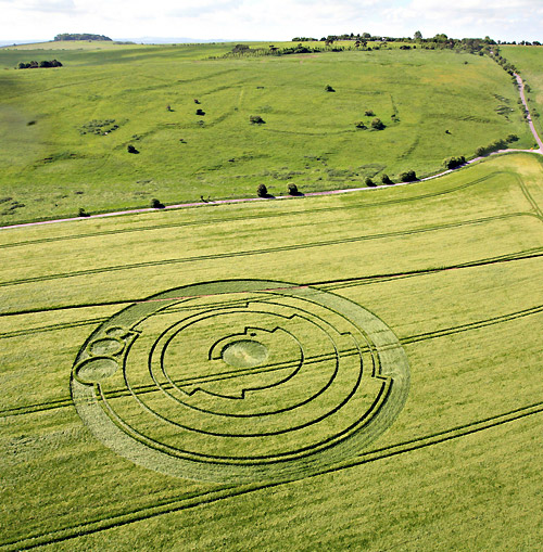 Barbury Castle crop circle denoting Pi. Crop Circle photos and reports courtesy The Crop Circle Connector (cropcircleconnector.com).