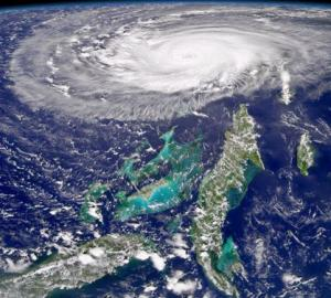 Hurricane Frances looms over Florida and the Bahamas